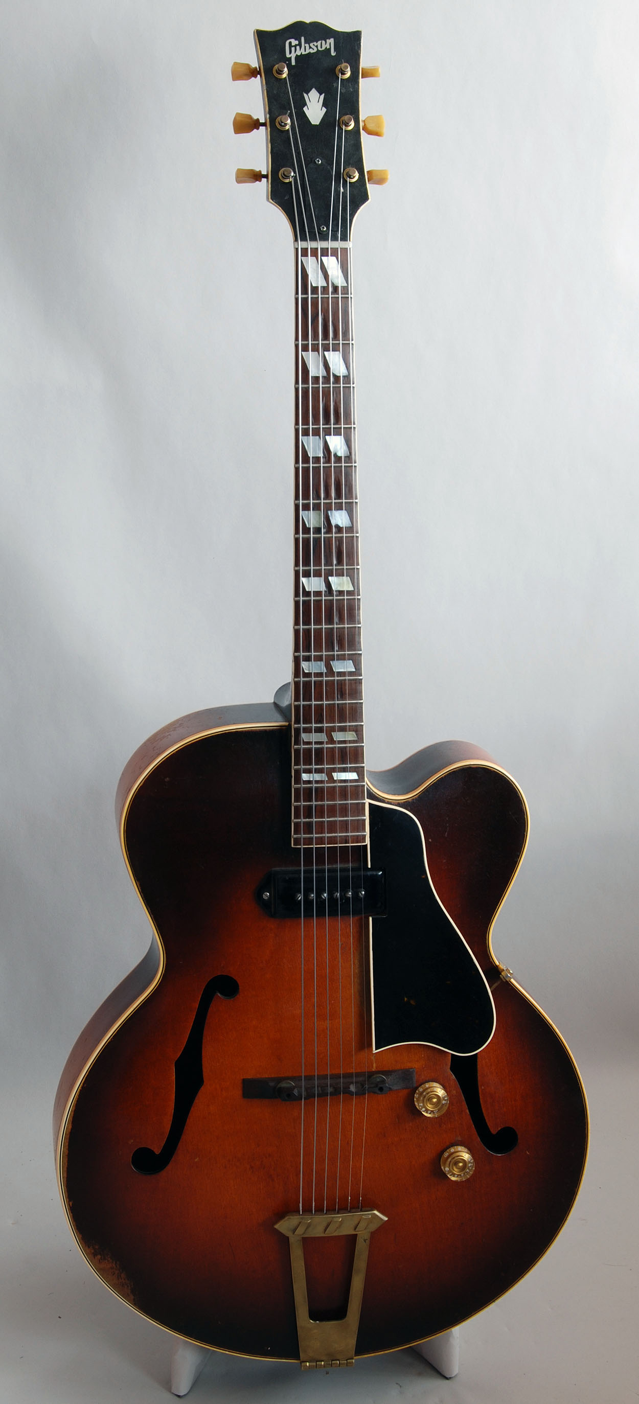 gibson model es 350 guitar for sale. Black Bedroom Furniture Sets. Home Design Ideas